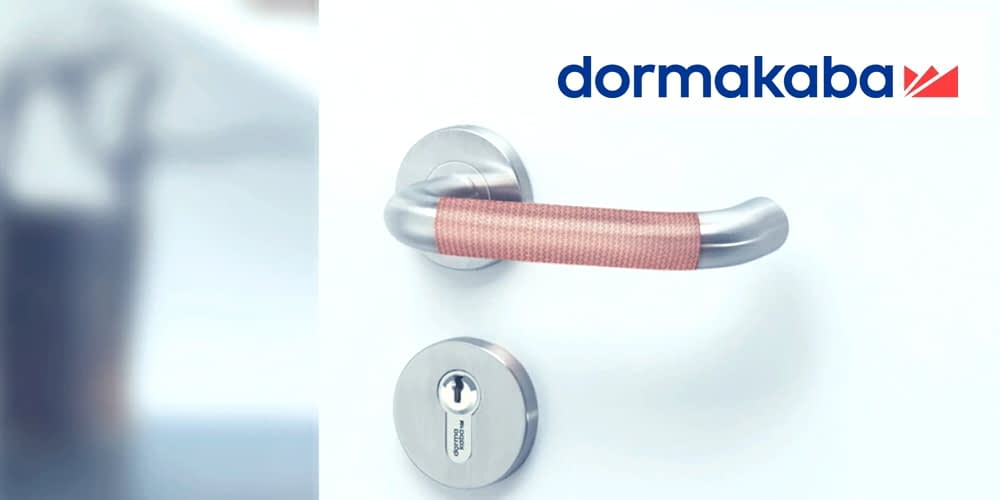 Simply stick on. Protect against viruses: dormakaba Copper-Tape